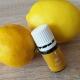 Ätherisches Zitronenöl ist das Öl, das bei mir am schnellsten leer wird. Kein Wunder, schließlich ist es eines der vielseitigsten ätherischen Öle.